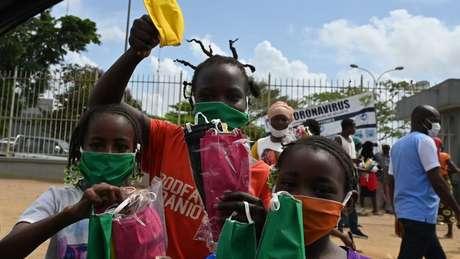 O continente africano tem até agora cerca de 55 mil casos confirmados de infecções pelo coronavírus