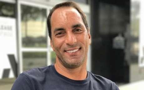 Edmundo estaria promovendo aglomeração mesmo com o avanço da covid no País (Foto: Reprodução)