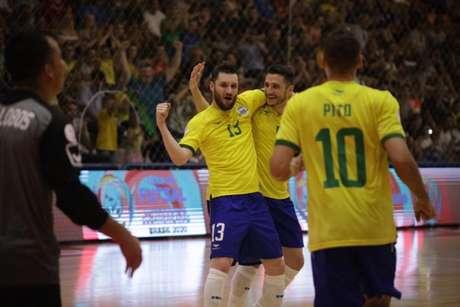 Brasil se garantiu na Copa do Mundo da Lituânia em fevereiro deste ano (Foto: Yuri Gomes/CBFS)