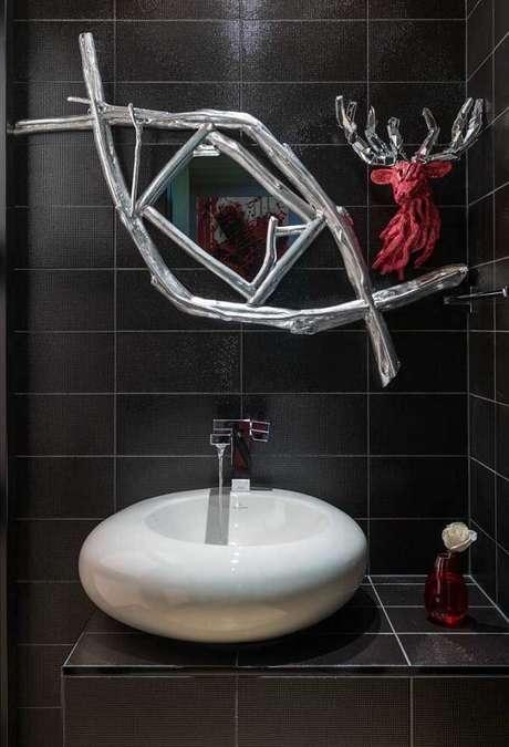 65. Escultura de parede com espelho embutido. Fonte: Pinterest