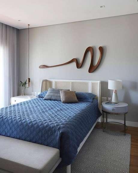 13. Traga movimento para a decoração incluindo uma escultura de parede. Fonte: Leonardo Bueano