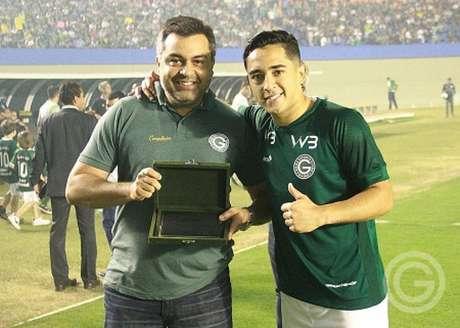 Léo Sena vem sendo cortejado pelo Atlético-MG há algum tempo e é um pedido de Sampaoli para reforça a equipe-(Foto: Divulgação/Goiás)