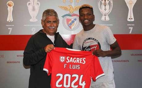 Florentino Luís participou de 14 jogos e fez um gol com a camisa do Benfica (Foto: Divulgação)