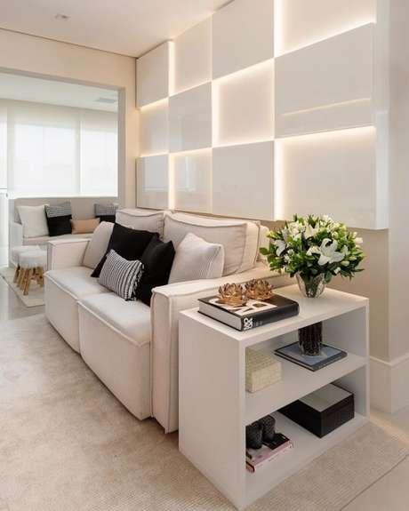 29. Decoração clean com sofá modular branco. Fonte: Monise Rosa