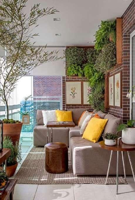 31. Decore sua varanda com um lindo sofá modular. Fonte: Pinterest