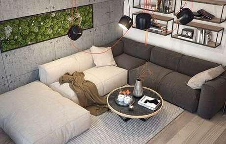 79. Diferentes cores podem formar o acabamento do seu sofá. Fonte: Pinterest