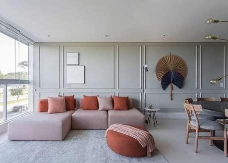 64. Os modelos de sofás com chaise prezam pelo conforto. Fonte: Carol Miluzzi