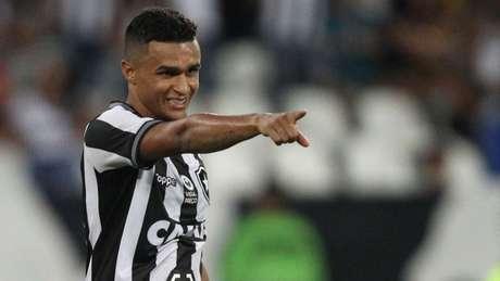 Erik não descarta um retorno ao Botafogo (Foto: Vitor Silva/SSPress/Botafogo)