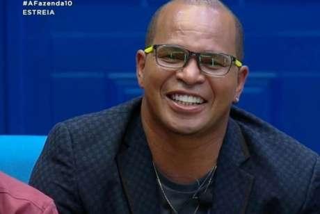 Aloísio causou no 'Jogo Aberto' desta terça-feira (Foto: Reprodução/R7)