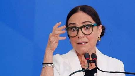 'Eu tinha uma boa imagem dela, mas parece que não está funcionando', diz Olavo sobre Regina Duarte como secretária de Cultura do governo federal
