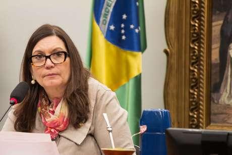 A deputada Bia Kicis durante Comissão de Constituição e Justiça e de Cidadania