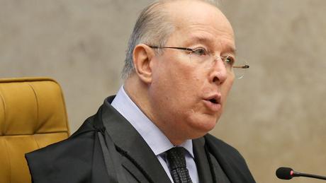 Celso de Mello, do Supremo Tribunal Federal, tornou público o conteúdo integral do vídeo da reunião de Bolsonaro com seus ministros
