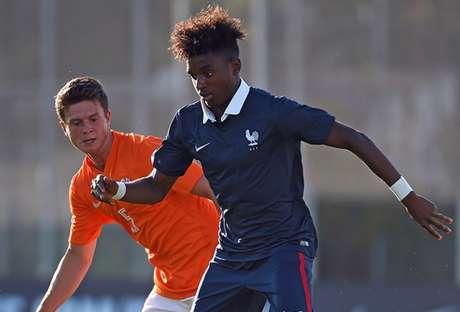 Diakiese também vestiu a camisa da seleção francesa de base (Foto: AFP)