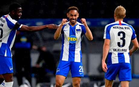 Matheus Cunha comemora gol em clássico contra Union - Foto: Stuart Franklin/AFP
