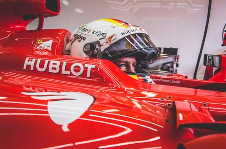 Vettel ainda tem contrato com a Ferrari até o fim de 2020 (Foto: Reprodução/ Ferrari)