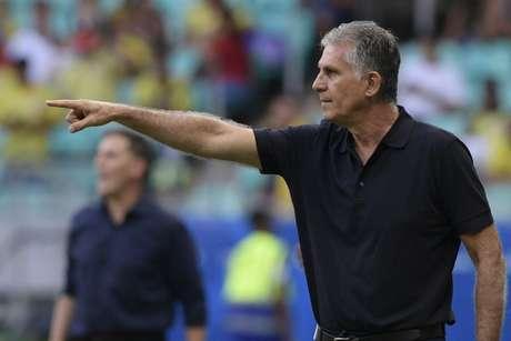 Carlos Queiroz é treinador da seleção colombiana desde fevereiro de 2019 (Foto: JUAN MABROMATA / AFP)