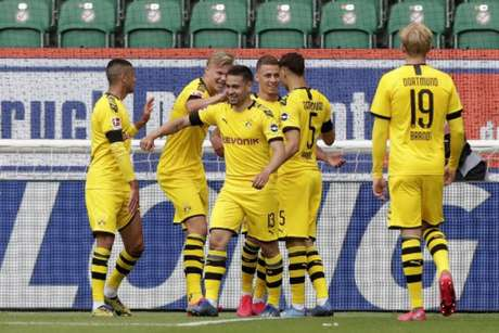 Raphael Guerreiro marcou o seu terceiro gol desde a volta do Campeonato Alemão (Michael Sohn / POOL / AFP)