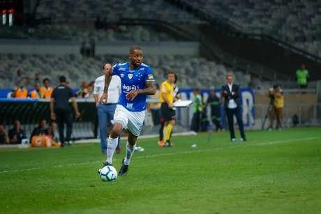 Dedé teve de operar o joelho pela sétima após ter outro problema na região no fim de 2019-(Foto: Vinnicius Silva/Cruzeiro)