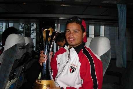 Flávio Donizete, aos 21 anos, foi campeão mundial pelo São Paulo (Reprodução)
