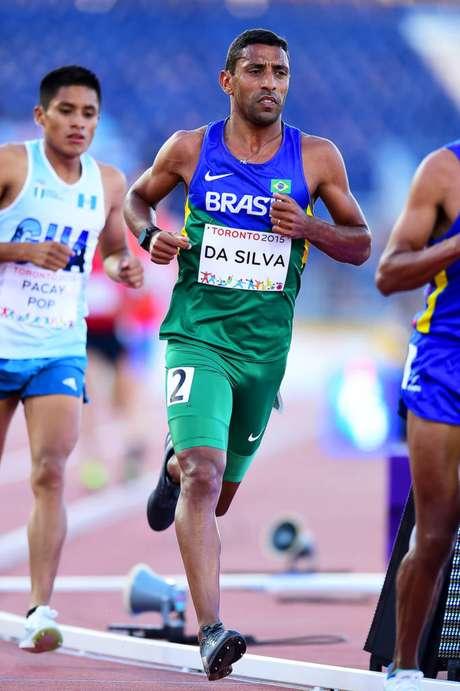 Daniel é recordista brasileiro na categoria sub-23 dos 10.000 m (Foto: Divulgação)