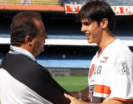 Kaká e Vadão atuaram juntos na conquista do Rio-São Paulo de 2001 (Foto: Reprodução/Instagram)