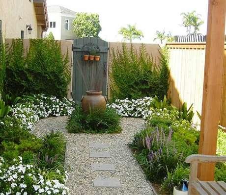 7. Modelos de jardim com muita informação pode deixar o ambiente sufocante e sem personalidade. Fonte: Pinterest