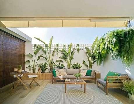 62. Modelos de jardim com bananeiras e samambaias. Fonte: Pinterest