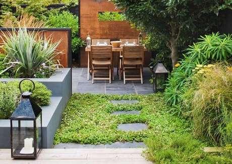 59. Modelos de jardim para área de lazer pequena. Fonte: Pinterest