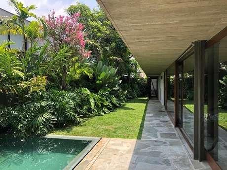55. Modelos de jardim que trazem sombra nos dias quentes. Fonte Rodrigo Oliveira