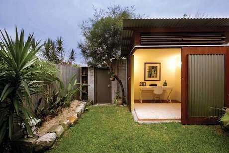 63. Os diferentes modelos de jardim trazem vida para a área externa. Fonte: Pinterest