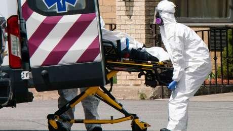 Economista sustenta que Estados Unidos não estavam preparados para enfrentar pandemia e não tomou medidas necessárias a tempo