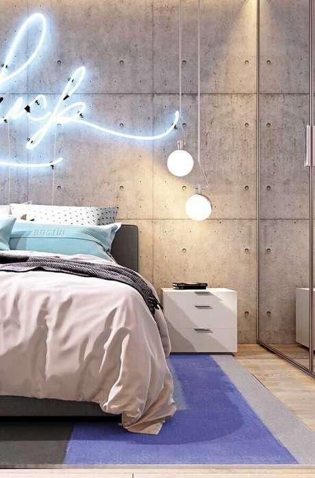 28. Decoração moderna de quartos bonitos com luminária de led e pendente minimalista – Foto: Behance