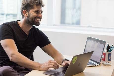Leandro Götz, cofundador e CEO da plataforma de busca para serviços Helpie