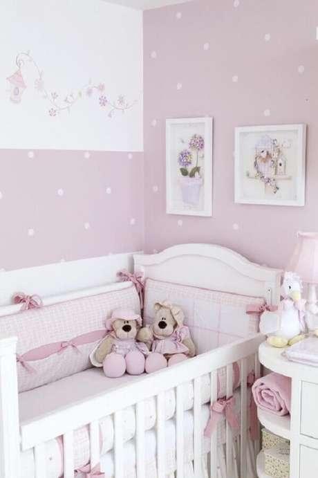 42. Cores claras e suaves são as melhores escolhas para a decoração de quartos bonitos de bebê – Foto: Ultimas Decoração