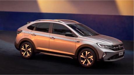 Nivus na cor cinza, mostrado durante a live da Volkswagen na internet.
