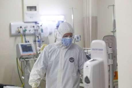 Prefeitura de SP vê aumentar pedidos para transferência de pacientes; 150 estão na fila por leitos