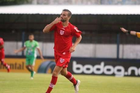 Longuine fez sete gols nos primeiros meses de 2020 (Foto: Divulgação/CRB)