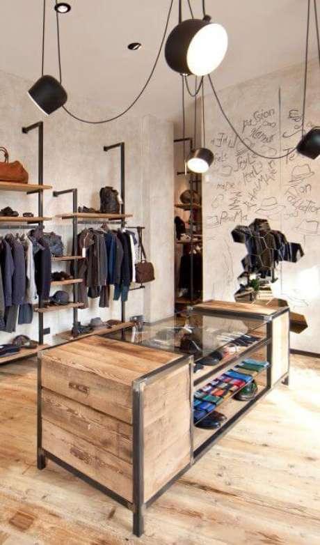 10. Móveis feitos de ferro e madeira para closet moderno – Via: Pinterest