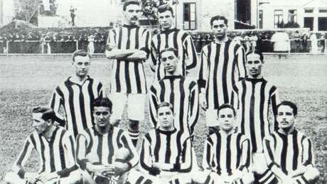 Equipe do Botafogo em 1909 (Foto: Reprodução)