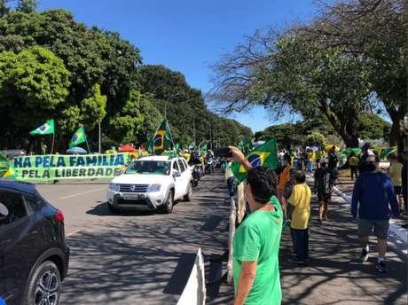 Em Brasília, bolsonaristas protestam contra o STF