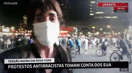 A repórter Candice Carvalho circulou por protestos em Nova York para registrar a indignação das pessoas