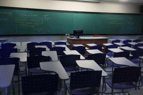 Sala de aula vazia em faculdade durante pandemia de coronavírus  13/03/2020 REUTERS/Amanda Perobelli
