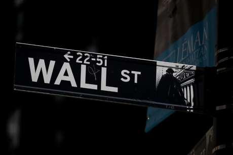 Placa indicando Wall Street. 17/09/2019. REUTERS/Brendan McDermid