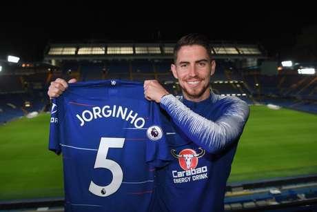 Jorginho foi contratado pelo Chelsea a pedido do técnico Maurizio Sarri (Reprodução/Twitter)