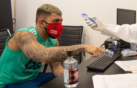 Nenhum jogador testou positivo nos novos exames do Flamengo para coronavírus (Foto: Divulgação/Alexandre Vidal)