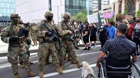 A reação do governo de Donald Trump aos protestos foi enviar a Guarda Nacional às ruas