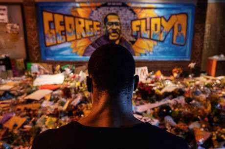 Memorial em homenagem a George Floyd em Mineápolis, Minnesota (EUA)  01/06/2020 REUTERS/Lucas Jackson