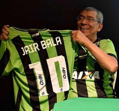Jair deu uma boa notícia para os amantes do futebol com a saída do CTI-(Divugação/América-MG)