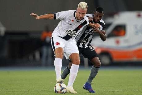 Maxi López e Benevenuto se enfrentaram em fevereiro de 2019 (Vítor Silva/SSPress/Botafogo)
