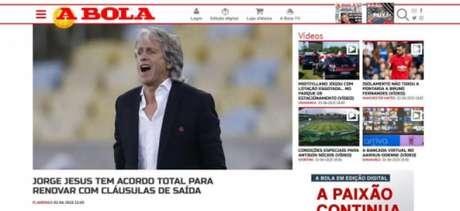 """Jornal """"A Bola"""" informando a renovação do Mister (Foto: Reprodução)"""